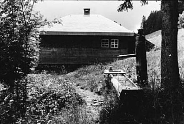 Heidegger's werkhut in Todtnauberg (Zwarte Woud). Foto van Digne Meller-Marcovicz 1967.