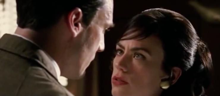 Rachel Menken en Don Draper in de serie Mad Men.