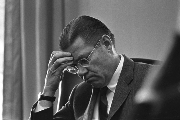 Robert McNamara, Secretary of Defense tijdens het presidentschap van John F. Kennedy